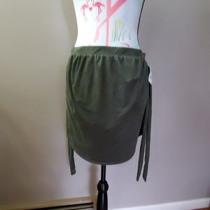 New soft,side tie army green skirt,adorable